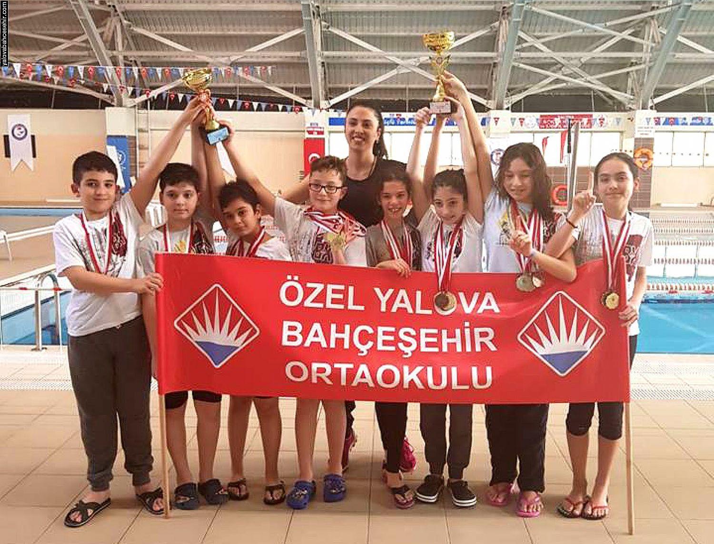Yalova Bahçeşehir Başarıdan Başarıya Koşuyor